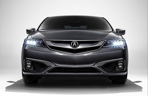 Состоялась премьера седана Acura ILX после рестайлинга