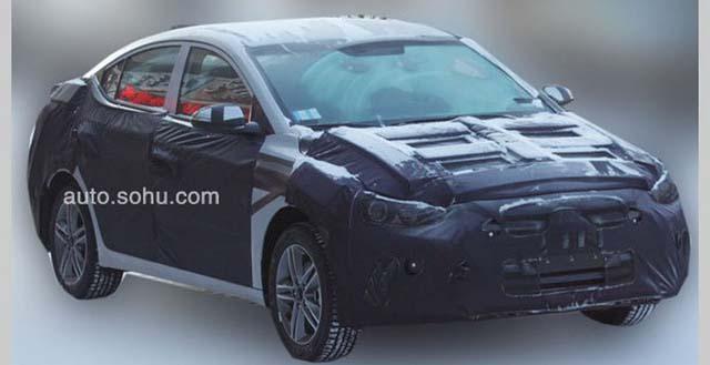 Hyundai начала тестирование новой генерации Elantra