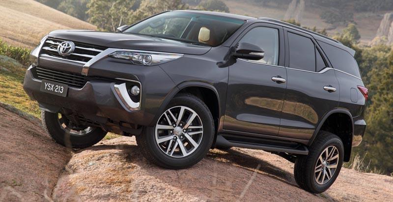 Состоялся официальный показ Toyota Fortuner