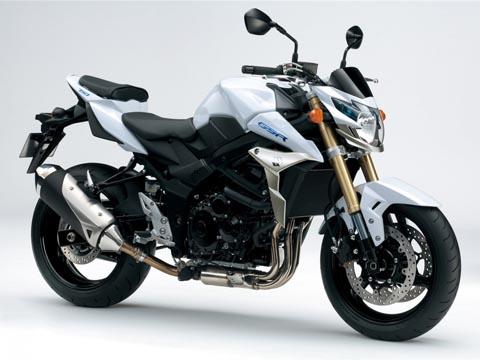 Отзывы о Suzuki GSR 750 (Сузуки GSR 750)