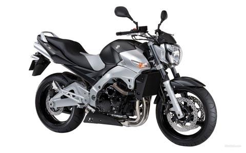 Отзывы о Suzuki GSR 600 (Сузуки GSR 600)