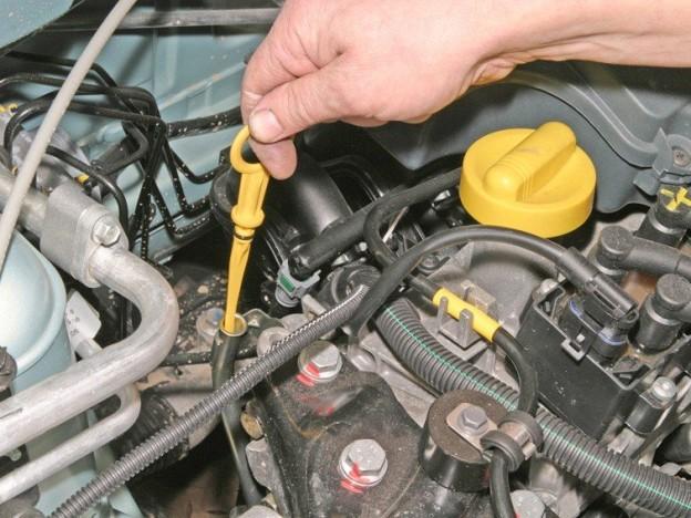 Как проверить масло в двигателе с учетом всех правил