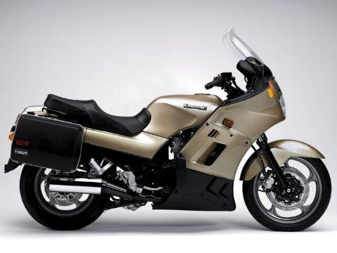Отзыв о Кавасаки ГТР 1000 (Kawasaki GTR 1000)
