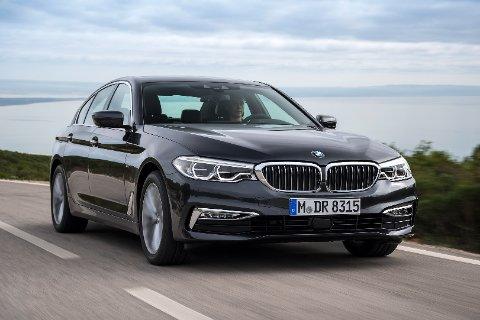Отзывы о BMW 5 серии G30 2017 (БМВ 5 серии Г30 2017)