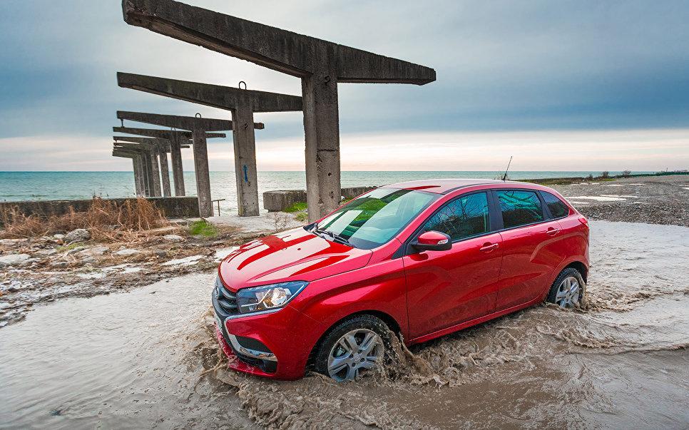 Почти 20 тысяч Lada XRAY отзывают в России