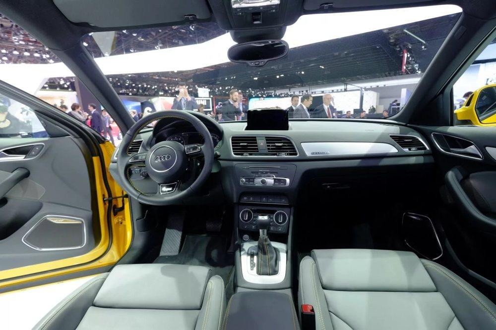 Audi Q3 салон