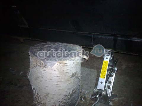 Замена тормозных колодок на ниссан альмера своими руками