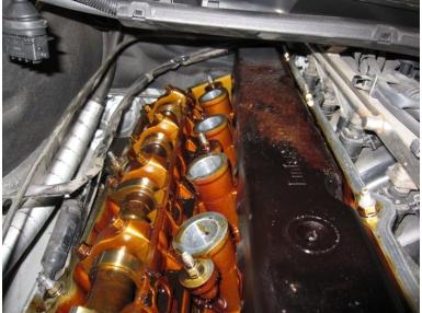 Выясняем, нужно ли и как промыть двигатель при замене масла