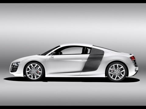 Отзывы о Audi R8 (Ауди Р8)