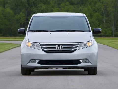 Отзывы о Honda Odyssey (Хонда Одессей)