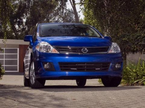 Отзывы о Nissan Versa (Ниссан Верса)