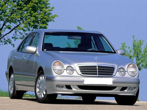 Отзывы о Mercedes E200 (Мерседес Е200)