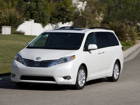 Отзывы о Toyota Sienna (Тойота Сиенна)